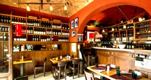 Luggage Storage Andrea's Wine Bar - San Nicco...